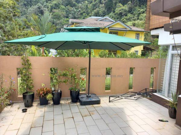 Cantilever garden parasol US-0111B-Zebano