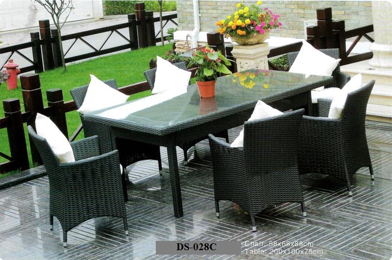 Contemporary Outdoor Dining Set Outdoor Wicker Dining Chair Table