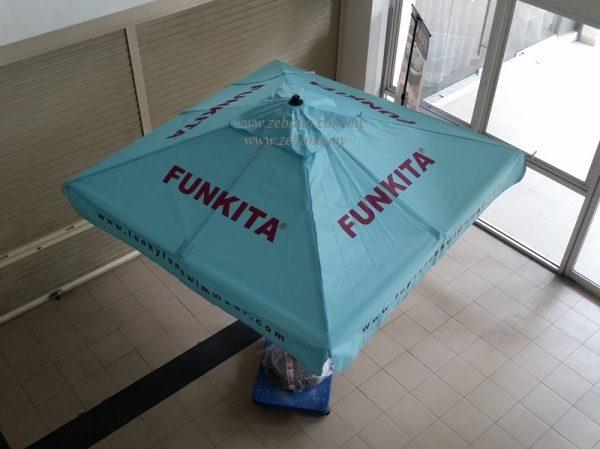 Event umbrella with Logo