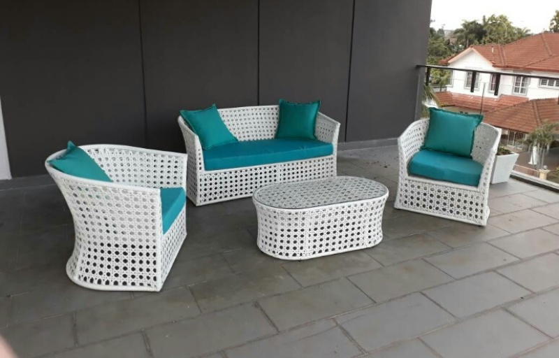 Patio White Wicker Sofa Zebano