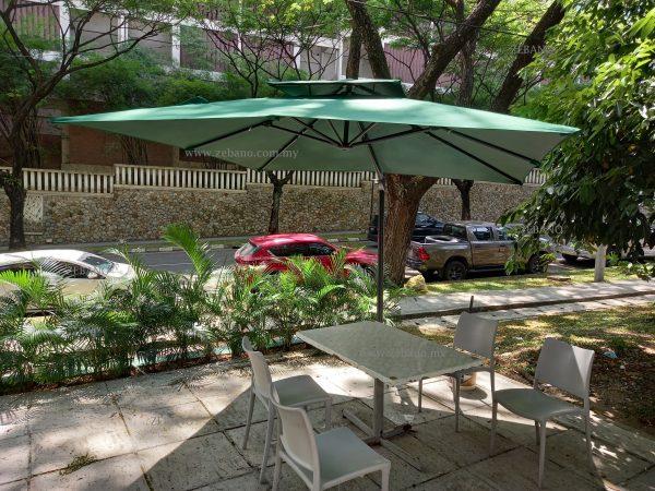 cantilever restaurant commercial umbrella US-0111B