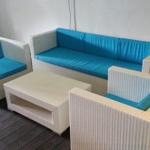 White Elegant Wicker Sofa