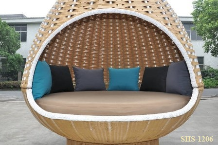 Wonderful Birds Nest Hanging Day Bed 3