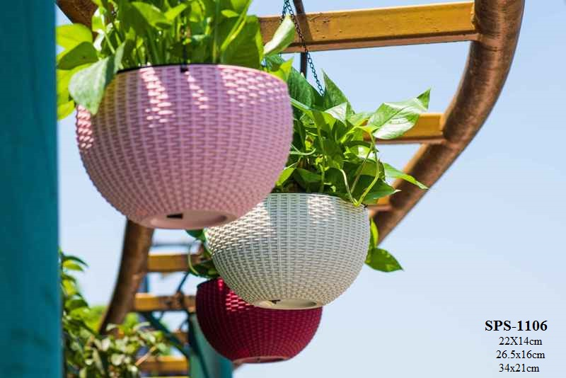 Outdoor planters for trees hanging