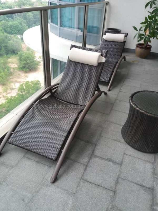 Wicker pool deck lounger LS-0238
