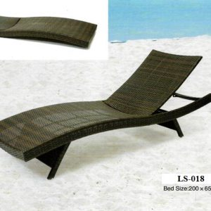 Wicker Outdoor Sun Lounger LS-018