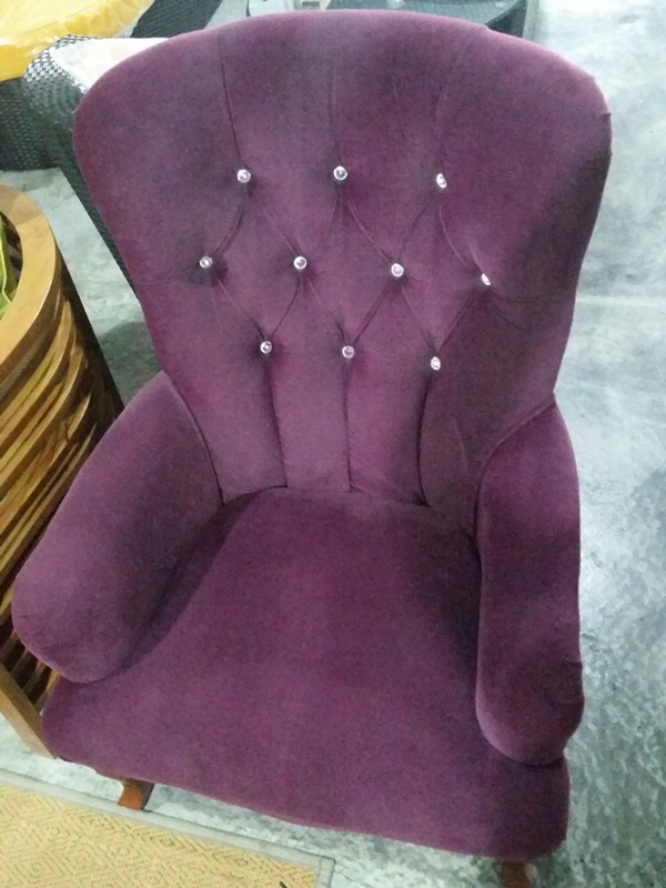 Celebrity Chair (2)