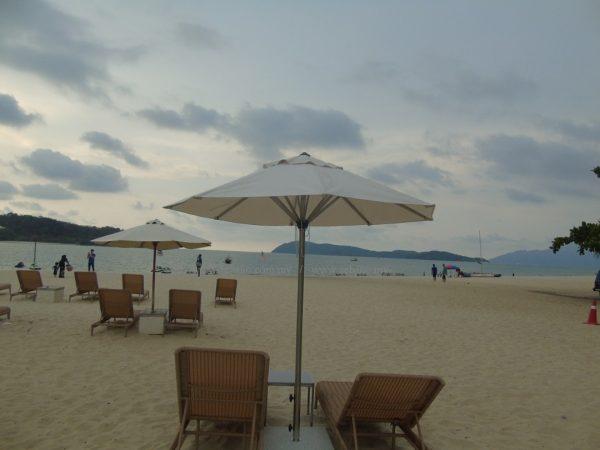 Heavy Duty Beach Resort Umbrella US-1003SS