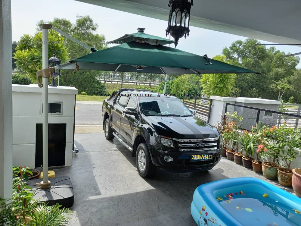 Cantilever Parasol With Solar Charge Led Lights US 0108 LED